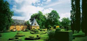 Jardins du Manoir d'Eyrignac, photo by M. Leroux CC/ BY